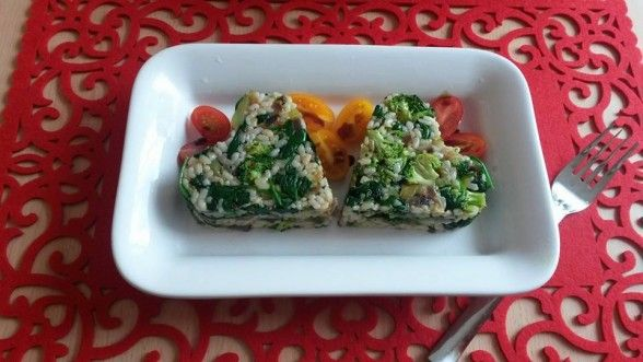 Milí labužníci. 😉 Tip na bleskové, fantastické brokolicovo-špenátové rizotko s avokádom. 😉 Zelená explózia. 😀 Chuť si zamilujete, sľubujem. 😉 Podobné články