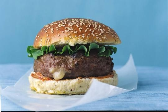 With some kitchen smarts and great flavors, you don't need beef for a good burger. Read on for 6 incredible burgers, minus the beef.