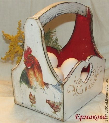 Кашпо ,,Птичий двор,, - ярко-красный,Декупаж,кухня,петухи,для хранения