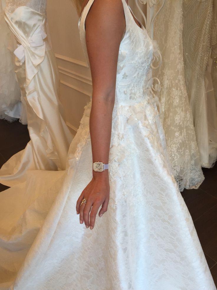 Aglaya wedding dress uke