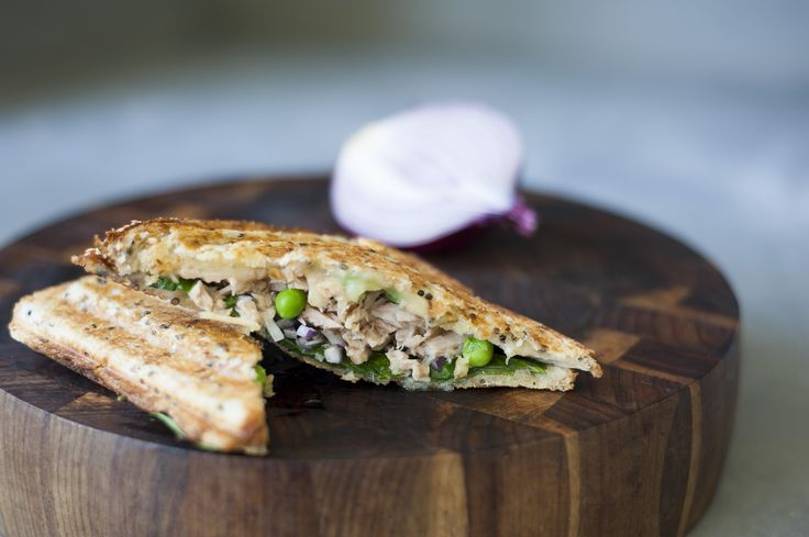 We're going to melt your heart with this jaffle.  Peas, red onions, cheese, mayo, spinach and tuna between two glorious slices of bread. Our Tuna Melt is love at first bite.