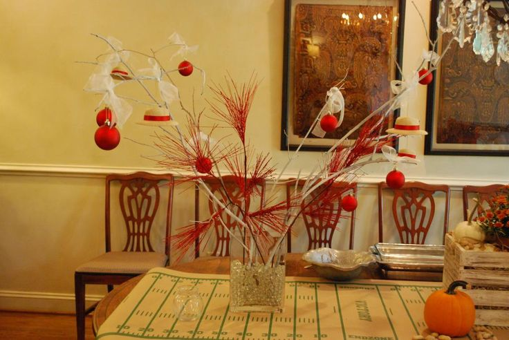 interior design musings: Entertaining - Garden Club Meeting--not crazy about the tree, but notice the table runner!  What a great theme--Tailgating Party