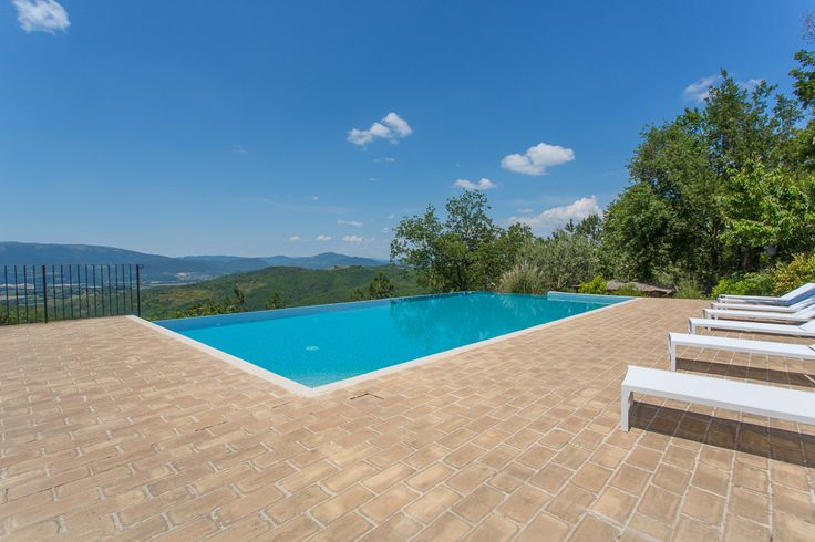The swimming pool with view over the Umbrian countryside at the Agriturismo La Cuccagna. Stay here: http://bit.ly/1RYnJN1 #Italy #Gubbio #country #scenery #peaceful #swimming #view