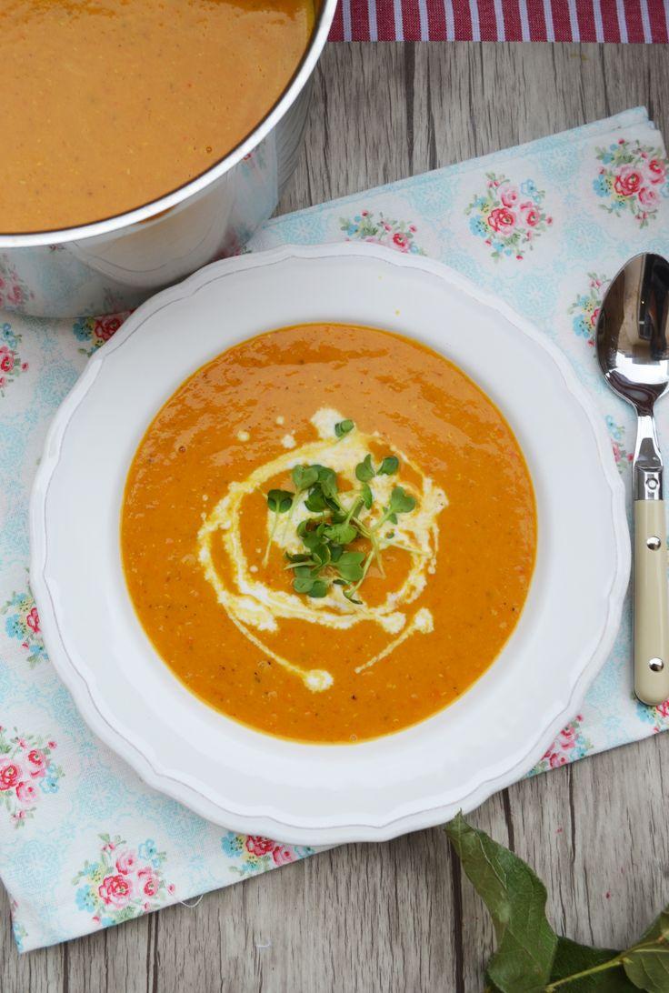 Heute habe ich eine meiner absoluten Lieblingssüppchen für euch. <3 Diese Suppe könnte ich jede Woche essen, da sie einfach so gut ist. Auch mein Liebster löffelt da gerne ein paar Schälchen meh…