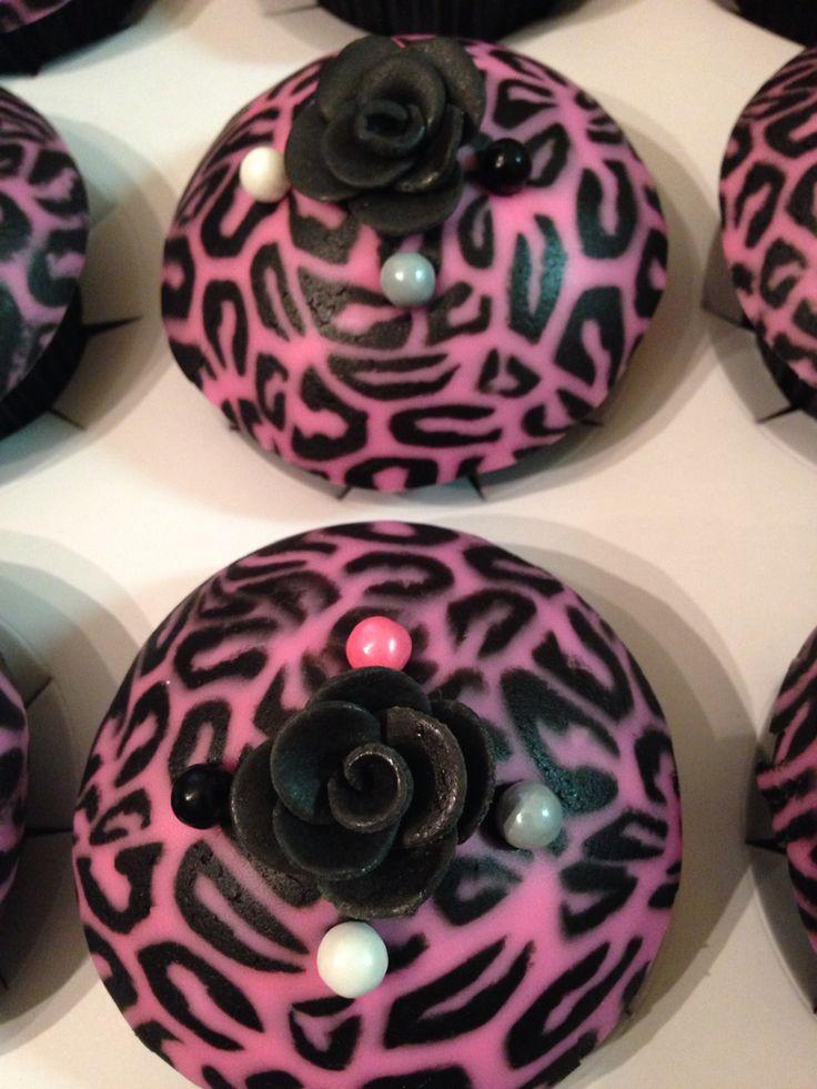 Pink Cheetah Print Cupcakes