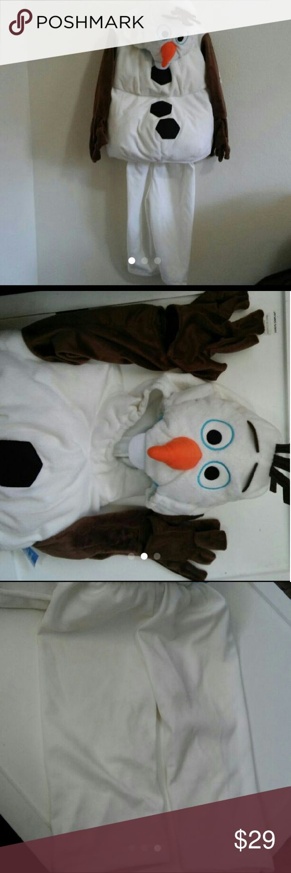 Disney Store Olaf Costume In excellent condition. Disney store olaf costume. Comes with pants. Size 2 Disney store Costumes Halloween
