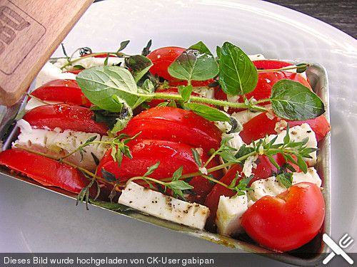 Tomate mit Feta vom Grill