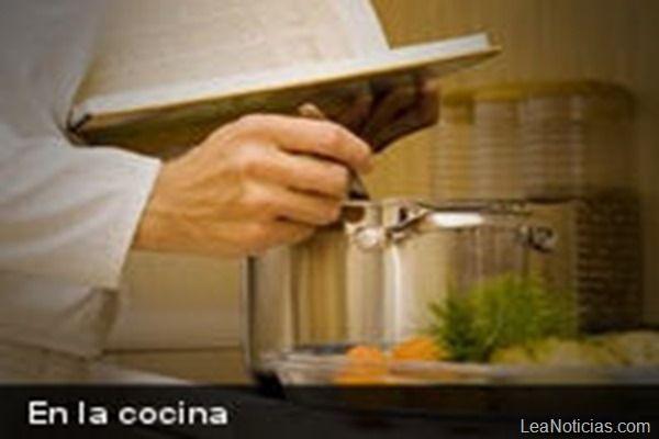 Tips para ahorrar energía mientras cocinas - http://www.leanoticias.com/2013/11/15/tips-para-ahorrar-energia-mientras-cocinas/