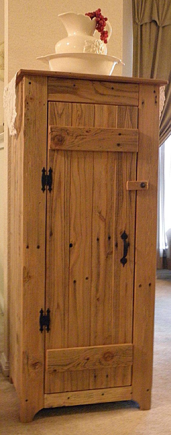 M s de 25 ideas incre bles sobre armario hecho con pal s - Armario rustico segunda mano ...
