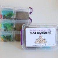 homemade gifts--playdough kits, travel kits, lego kits and so much more!!  I love these great diy gift ideas for kids!!!