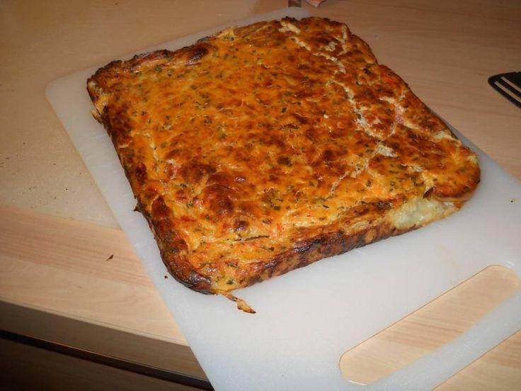Hartige Taart Of Quiche Met Tomaten, Kaas En Basilicum recept | Smulweb.nl
