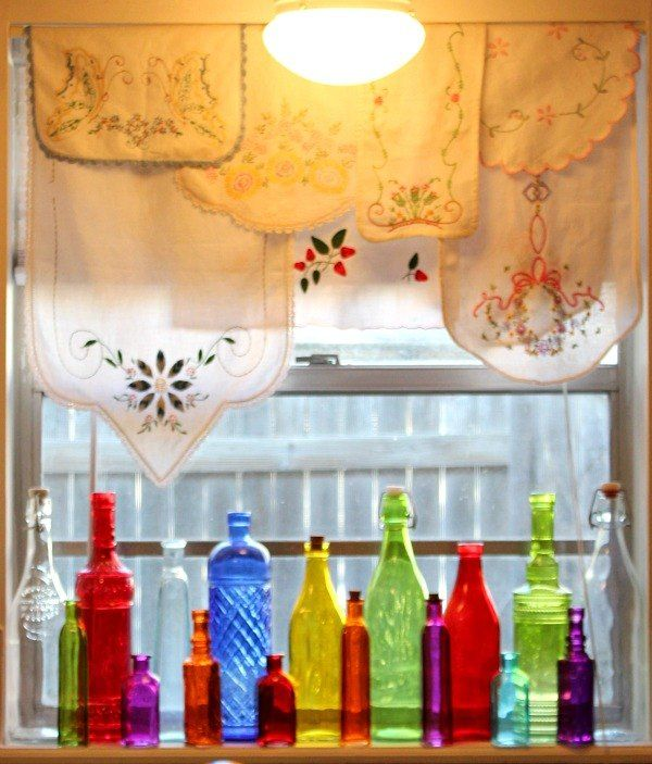 a colorful alternative to curtains - Window Treatments Ideas