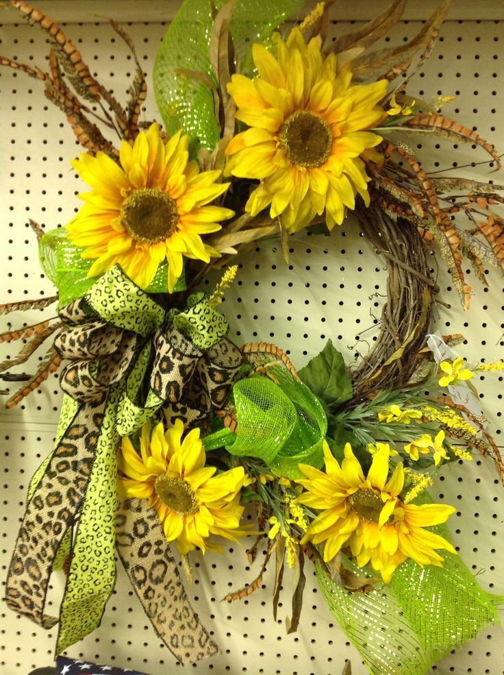 July/August-Sunflower wreath burlap ribbon and mesh-ex 4 ...