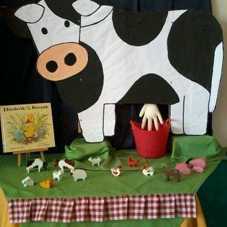 Thema boerderij: Een koe om te melken en veel andere boerderijdieren