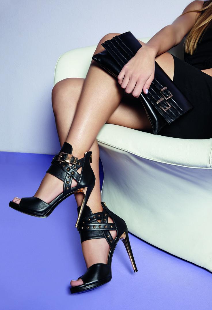 Completa il tuo stile con sandali Albano in pelle nera! Are you aggressive woman?!? Choose Albano Spring&Summer collection