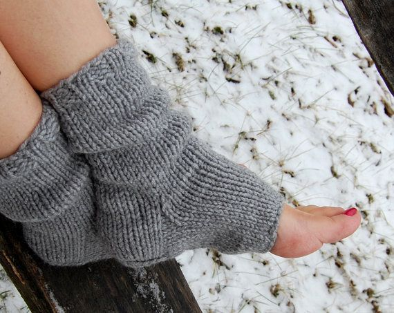 Knitting Pattern For Pedicure Socks : 17 Best ideas about Toeless Socks on Pinterest Sock ...