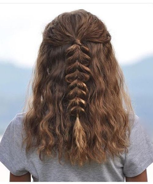 Exquisite Half Braids on Medium Curly Hair for Teenage Girls