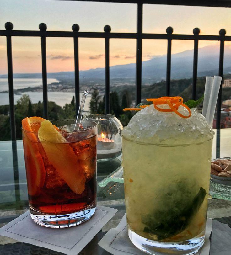 No bar do Belmond Grand Hotel Timeo, em Taormina, a vista é apenas sensacional