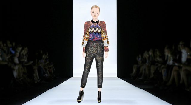 QUEENS OF FASHION - QoF polski blog o stardoll: Pokaz mody - Mary Katrantzou Spring&Fall 2011