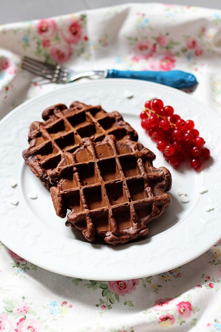 Rezept für Brownie Waffeln mit Zucchini / Schokowaffeln // chocolate brownie waffles recipe // Zucchini Waffles