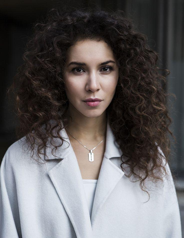 Sofiia MANOUSHA- Fiche Artiste  - Artiste interprète - AgencesArtistiques.com : la plateforme des agences artistiques