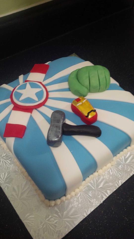 Marvel comic Avengers birthday cake