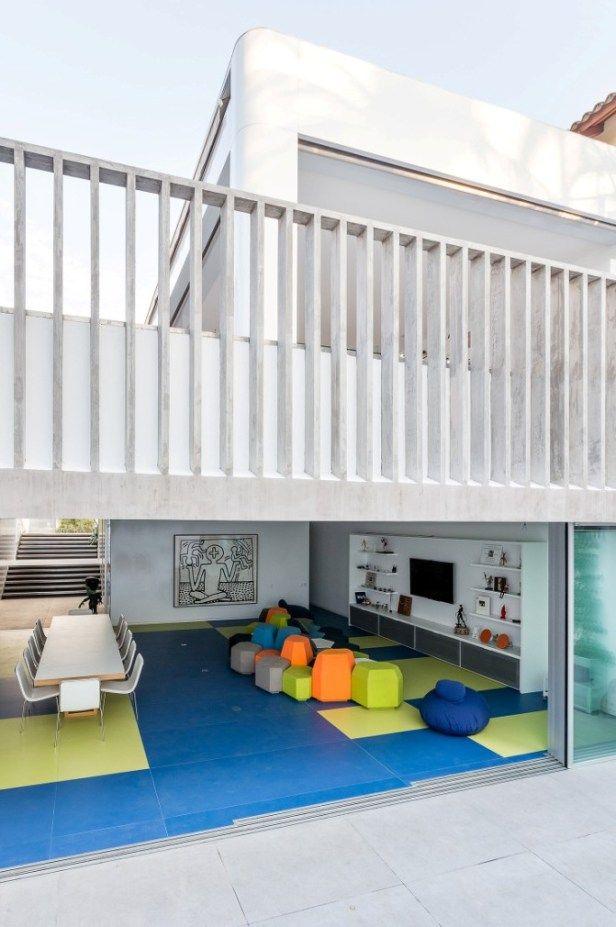Игровой дом. Уникальное здание для детей и взрослых в Бразилии