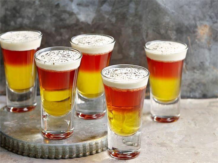 Kuuma glögi shotti on joulunajan juhlien ja illanviettojen ehdoton tervetuliaisjuoma aikuiseen makuun.