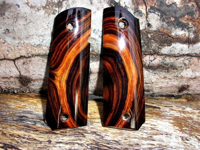 Brown's Custom Grips Desert Ironwood