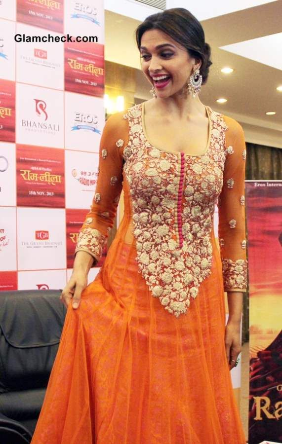 "Deepika Padukone Promotes ""Ramleela"" in Orange Anarkali"