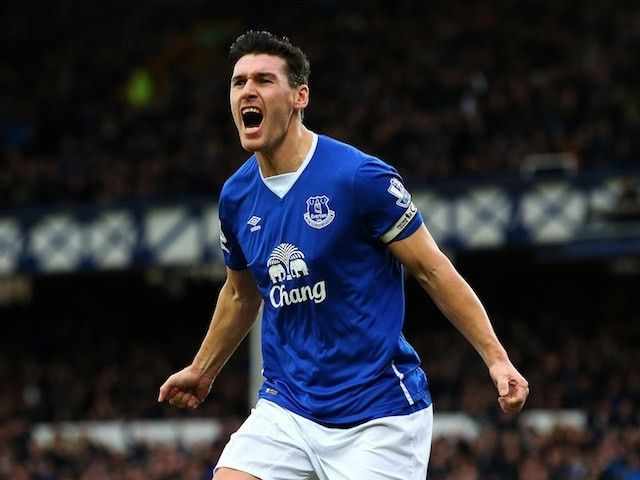 "Everton midfielder Gareth Barry hopes to ""win over"" manager Ronald Koeman"