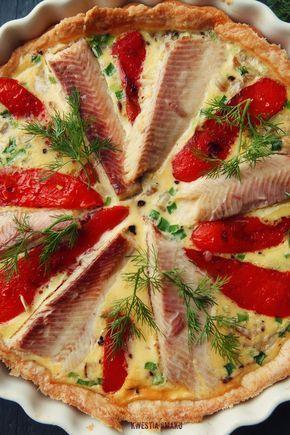 Tarta z wędzonym pstrągiem, grillowaną papryką i koprem włoskim (fenkułem)   Kwestia Smaku
