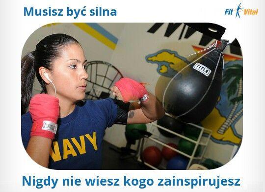 Fit motywacja. Bądź silna, nigdy nie wiesz kogo zainspirujesz #Fitness # motywacja #silnakobieta