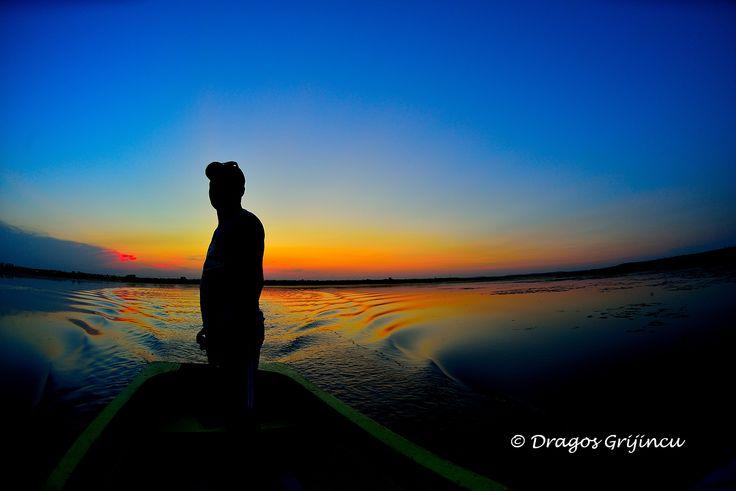 Seara la asfintit, cu barca, in Delta Neajlovului