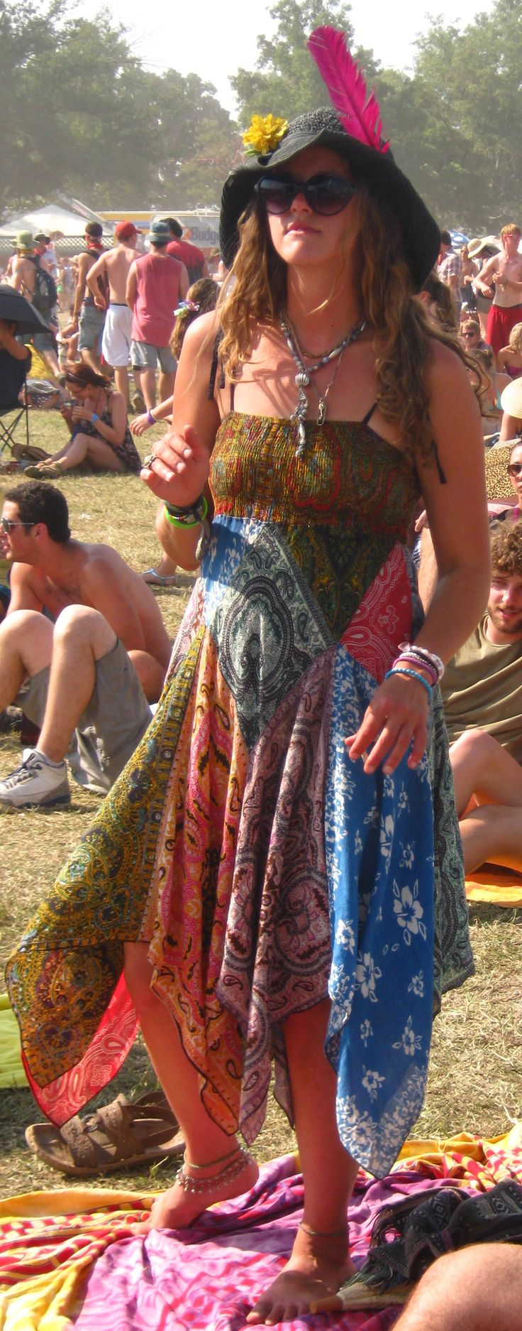 Woodstock 1969 Fashion is HOT again in 2014 -- Epic Rights along with Perryscope Represents Woodstock for Branding and Licensing