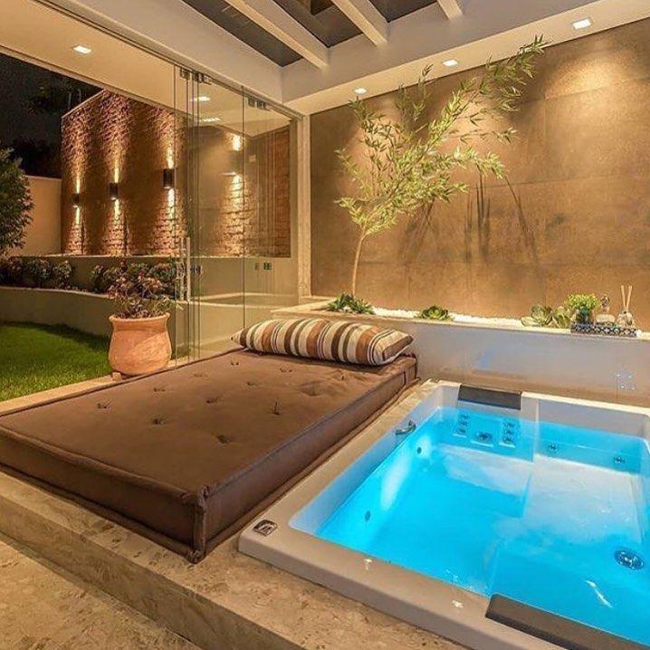 Que Tal Espaço Desse Em Casa Tendenciaarquitetura Arquitetura Decor Decoracao Decoração D Hot Tub Room Modern Hot Tubs Indoor Hot Tub