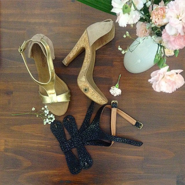 Playing around with some race day options for this weekend. Loving the Mila cork shoe with Gold and Metallic Black.  #galibelle #galibellewa #raceday #fashion #broome #photooftheday #flowers #shoes #beauty #gold #photography #races #pink #black #australia #stiletto #escarpins #brazil