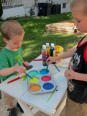 about sidewalk paint on pinterest homemade sidewalk paint sidewalk. Black Bedroom Furniture Sets. Home Design Ideas