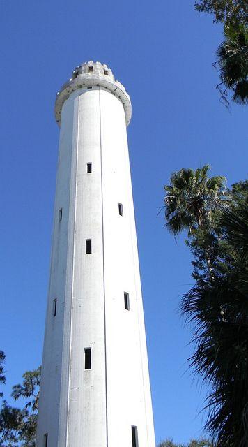 Old Water Tower in Tampa, FL by turtlepatrol, via Flickr