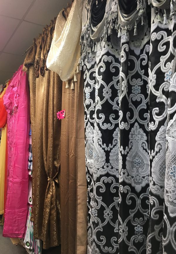 New Never Used Curtains Different Designs Only At Western Linens We Are Located At 11250 Harry Hines Blvd 102 Dallas Tx 75229 Curtains Design Stuff To Buy