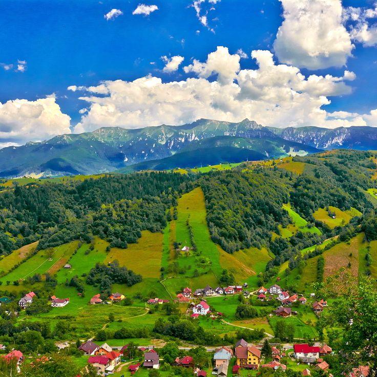 Moeciu, Romania Beautiful destination. www.haisitu.ro #haisitu #travel #world #road