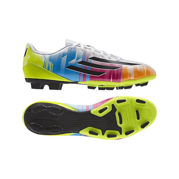 Sepatu Bola Adidas F5 TRX FG (Messi) F32749 merupakan sepatu bola dengan harga terjangkau dari Adidas yang dirangcang untuk pergerakan cepat pada lapangan rumput. Sepatu dengan diskon 15% dari harga Rp 549.000 menjadi Rp 469.000.