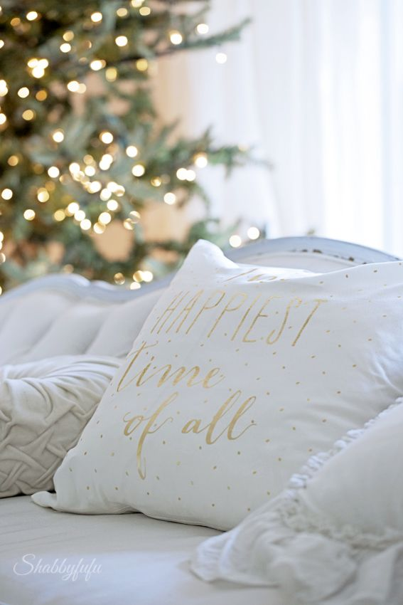 How to create an elegant Christmas on a budget