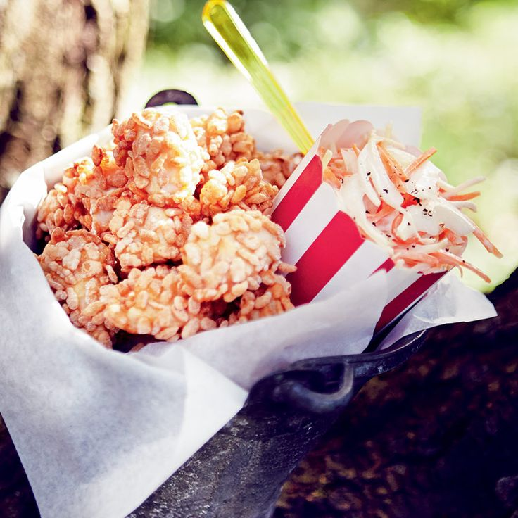 This yummy homemade Chicken Nuggets recipe will keep the kids happy! Perfect for garden picnics!