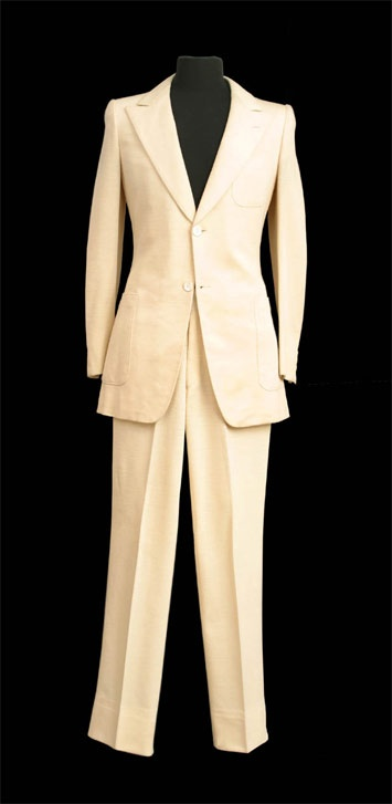 John Lennon's suit from Abbey Road album cover. What I wouldn't give to try this on!