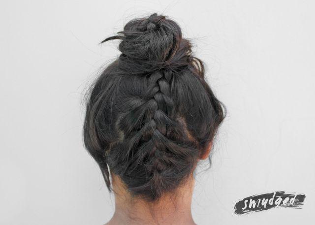 braided topknot hair tutorial http://smudgedbeauty.co.za/2014/03/26/braided-topknot/