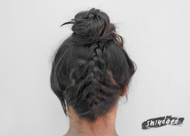 braided topknot hair tutorial http://smudgedbeauty.co.za/2014/03/26/braided-topknot/