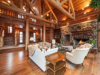 17 Best images about rustic living rooms/ dens on Pinterest | Fireplaces, Cabin and The fireplace