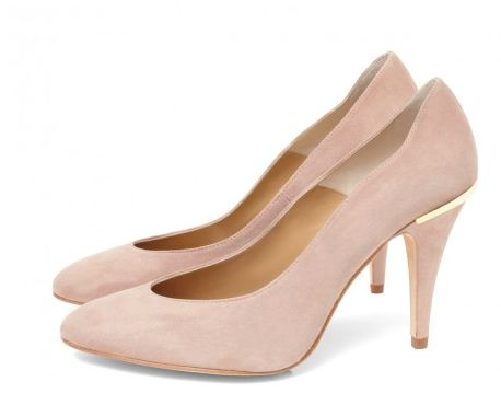 CLEO B 'Jazz' soft suede nude court shoe with unique gold heel detailing. #sea #monsters #summer #shoe #collection #beatles #inspiration #nude #suede #heels #fashion #style #designer #london #jazz