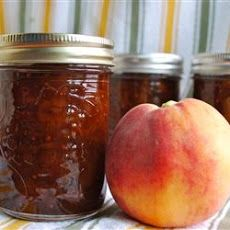 Spicy Peach Chutney Recipe Condiments and Sauces with peaches, raisins ...